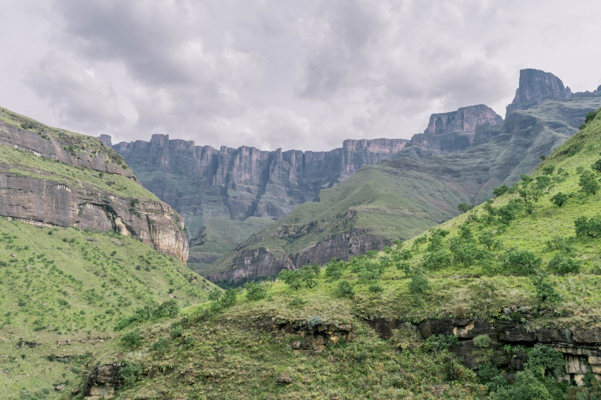 Hike to The Tugela Gorge (Drakensberg Ampitheatre)